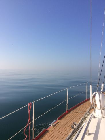 Flat Calm Seas, Zero Wind = Motoring